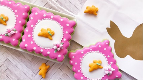 How to decorate simple Easter bunny cookies ???